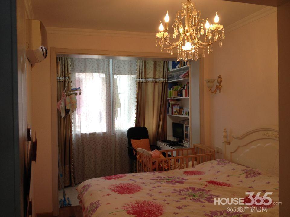 精装两房一厅正规小区
