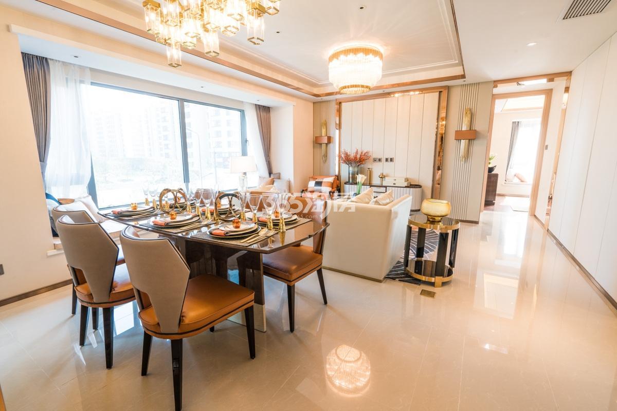 融信澜天高层109方(C1户型)样板房—餐厅