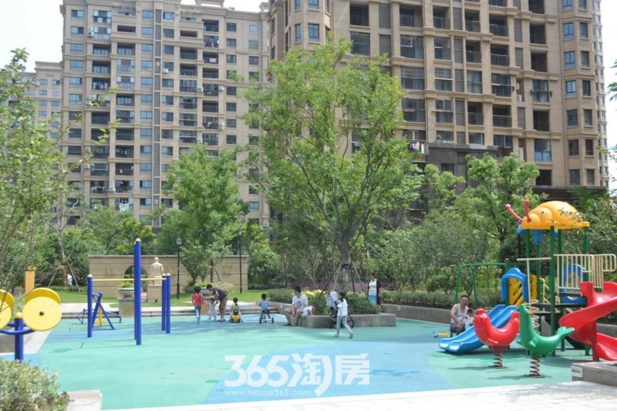 金浩仁和天地小区游乐场(2017.6摄)