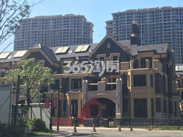 长泰国际社区别墅实景图(2017.7 摄)