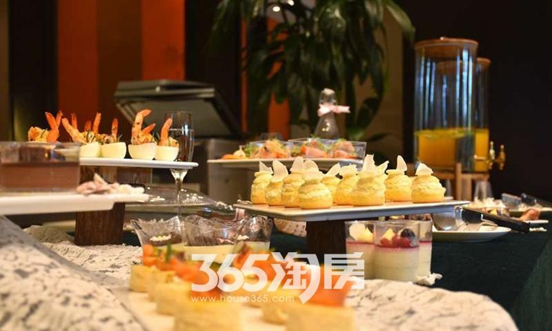 旭辉铂悦庐州府活动餐点实景图(2017.10.1)